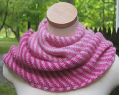 Endless-Ombre-Cowl